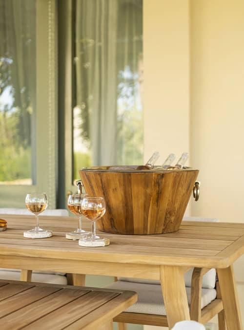 Table en chêne pour l'extérieur